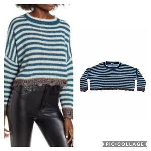 Tinsel stripped sweater oversized cropped large